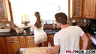 Stepmom can not live out of stepdaughters boyfriend too