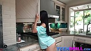 Cindy starfall seduces a plumber when that hottie sees ...