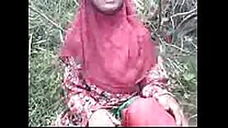 Indian bangla muslim hijab cute cheating housewife showing this dude...