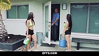 Bffs- mad girls fuck and share a huge wang