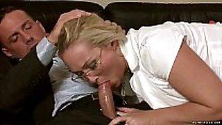 Milf barbara sucks on a hard juvenile shaft