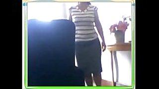 Mature masturbates on skype