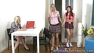 She made us lesbian babes - gloria and her redhead f...