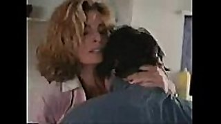 Does anyone know the name of this actress or mo...