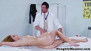 Real masseur pussyfucking blonde