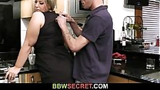 Married dude licks and bonks her bulky pussy