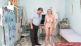 Unshaved pussy mother tamara embarrassing doctor...