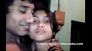 Bangla indian honey in bra giving a kiss bigtits nude