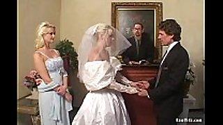 The bride double oral stimulation job