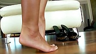 Foot fetish masturbating big titted honey on lov...