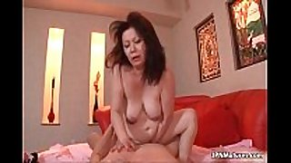 Thick mature dilettante amateur wife can not live out of getting