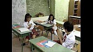 Pissing schoolgirls #4