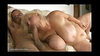 Huge tit bbw mamma fucks giant schlong