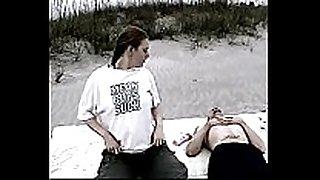 White trash slut beats up her white trash boyf...