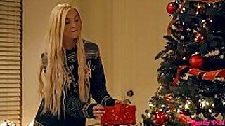 Angel smalls kenzie reeves christmas presents